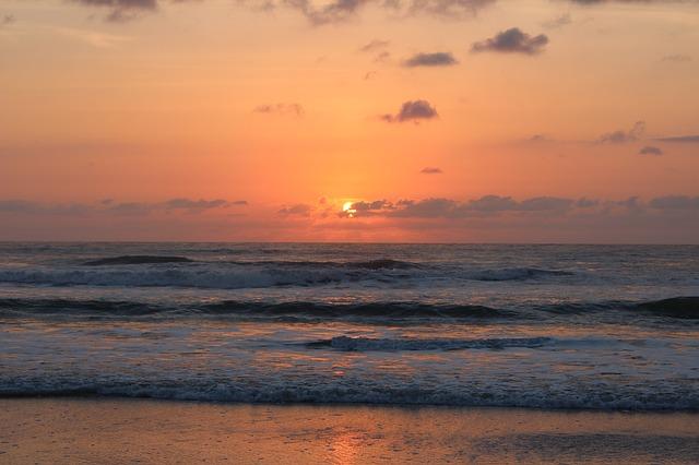 mar25th ep14-main-sunrise-437953_640